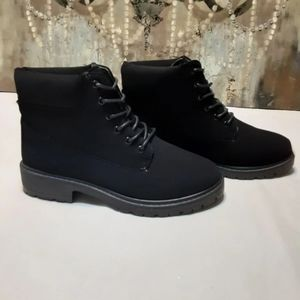 Nubuck Anckle Booties in Size 7.
